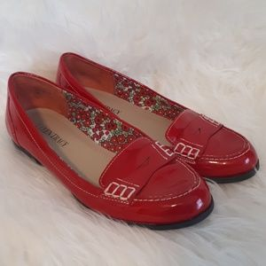 Ellen Tracy Red Patent Loafers Size 7
